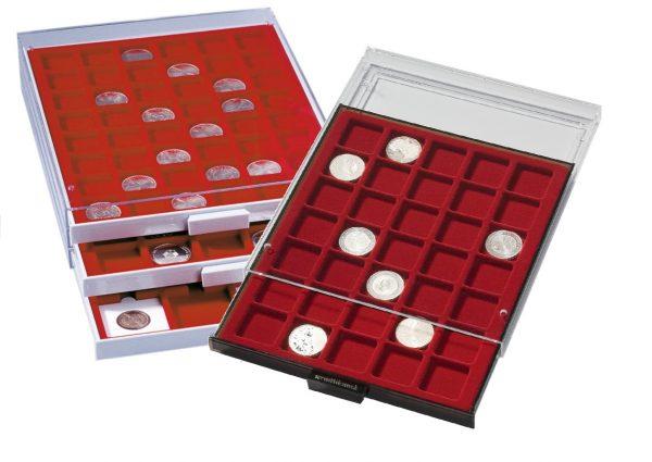 Médaillier à cases carrées