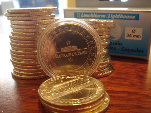 Capsules pour médailles touristiques de 34 mm